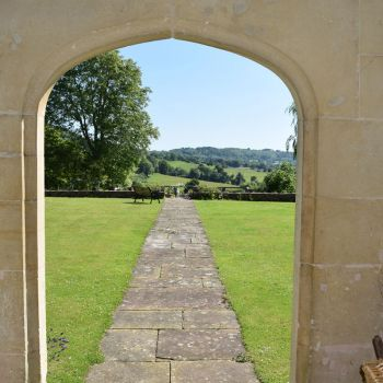 painswick-lodge-film-photo-locations-39